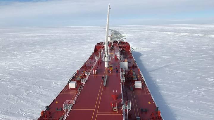 الشمال المتجمد.. بديل لقناة السويس تسعى روسيا والصين لترويجه