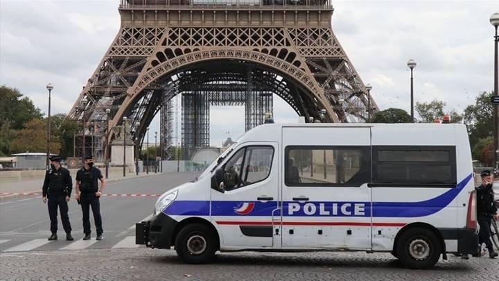 """Von der Ohrfeige bis zur Todesdrohung... Wie wurde Frankreich zu einer Brutstätte des """"weißen Terrorismus""""?"""