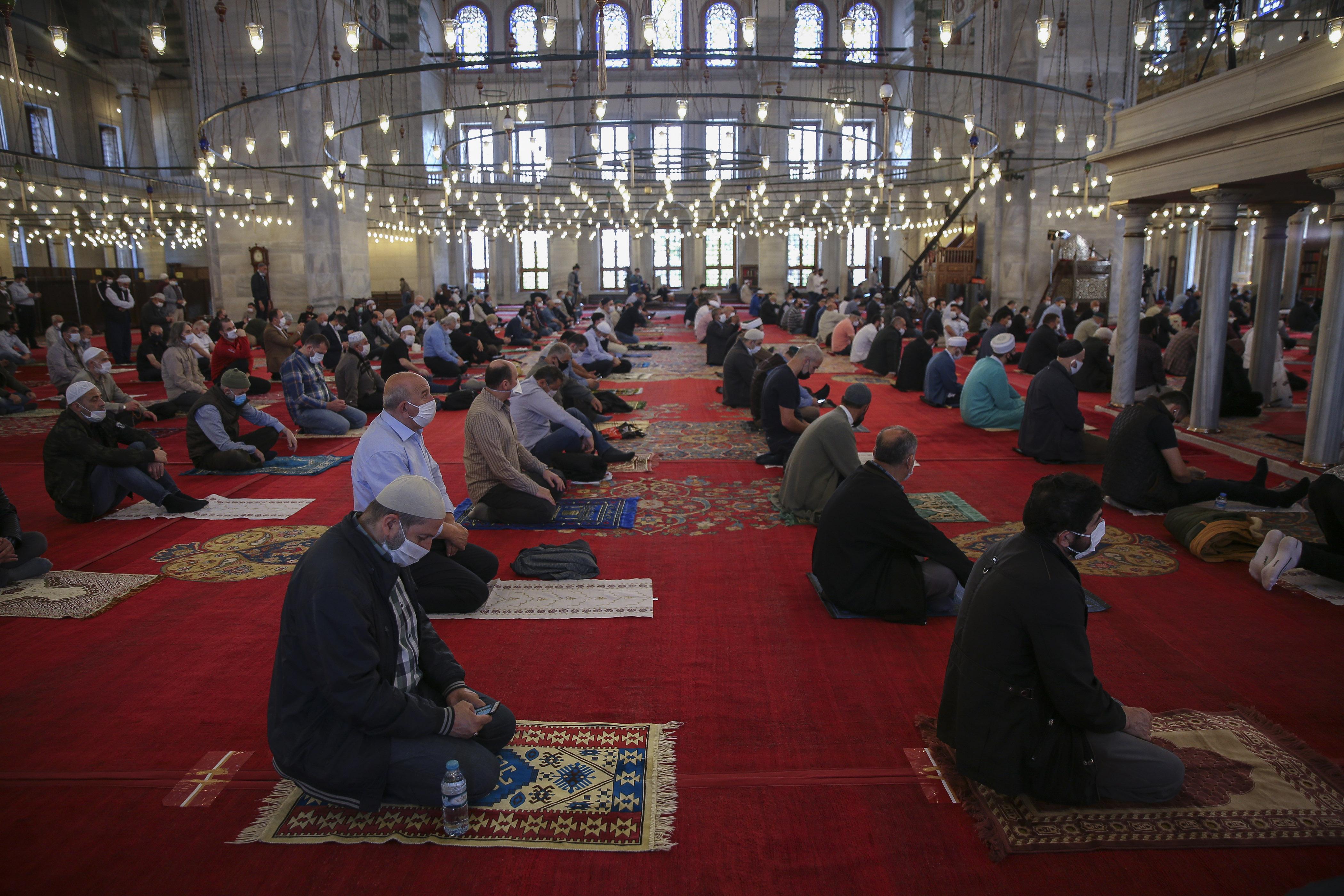 Türkei, Istanbul: Freitagsgebet